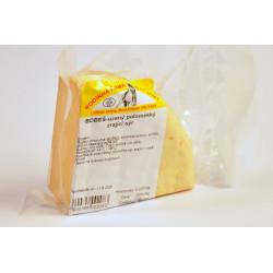 Sýr Bobeš uzený poloměkký...