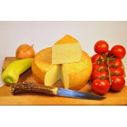 Sýr uzený Zlatý bochánek...